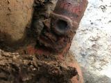 BS-TBSのネイチャードキュメンタリー特番『大沢たかお インカ帝国 隠された真実に迫る』(1月12日・19日放送)インカより古いワリ遺跡で掘り当てたエリート層の副葬品(C)BS-TBS