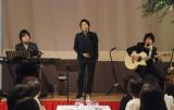 新曲完成イベントを行ったDEEN(左から)キーボード・山根公路、ボーカル・池森秀一、ギター・田川伸治 (C)ORICON DD inc.