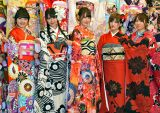 AKB48グループの成人式(左から)向井地美音、白間美瑠、宮脇咲良、岡田奈々、高橋朱里 (C)ORICON NewS inc.