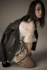 初のフォトマガジン『MY magazine』を発売する深川麻衣