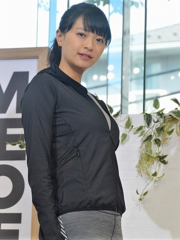 第一子出産後、初の公の場に登場した榮倉奈々 (C)ORICON NewS inc.