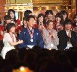 名前を呼ばれ笑顔の氷川きよし=『第50回日本有線大賞』 (C)ORICON NewS inc.