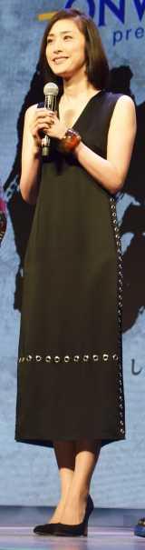劇団☆新感線の舞台『修羅天魔〜髑髏城の七人 Season極』の制作発表会見に出席した天海祐希(C)ORICON NewS inc.