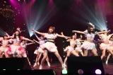指原莉乃×モーニング娘。'17=「第7回AKB48紅白対抗歌合戦」の模様 (C)AKS