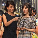 審査員を務めた渡辺麻友(右)=「第7回AKB48紅白対抗歌合戦」の模様 (C)ORICON NewS inc.