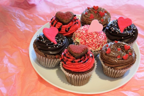 女性ウケ抜群の見た目!ロンドン発カップケーキブランド「LOLA'S Cupcakes」のバレンタイン限定ケーキ