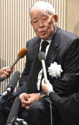野村沙知代さんのお別れの会で喪主を務めた夫・野村克也氏 (C)ORICON NewS inc.