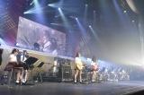 AKB48の16期生が「ファースト・ラビット」でバンド演奏に挑戦 (C)AKS