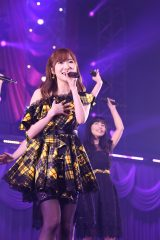 指原莉乃ソロコンサート『アイドルとは何か?』より(C)AKS