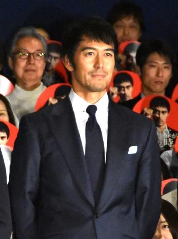 映画『祈りの幕が下りる時』の初日舞台あいさつに出席した阿部寛 (C)ORICON NewS inc.