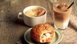 パイに描かれた顔がかわいい!『ツナクリームリゾット&クラシックミンスビーフ』のスープランチセット
