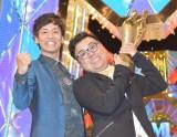 『M-1グランプリ2017』王者に輝いたとろサーモン(左から)村田秀亮、久保田和靖(C)ORICON NewS inc.