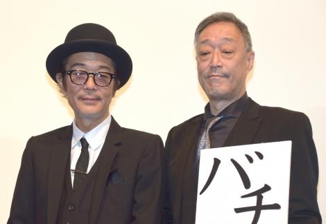 映画『巫女っちゃけん。』初日舞台あいさつに出席した(左から)リリー・フランキー、グ・スーヨン監督 (C)ORICON NewS inc.