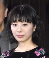 映画『きばいやんせ!私』でアナウンサーを演じる夏帆 (C)ORICON NewS inc.