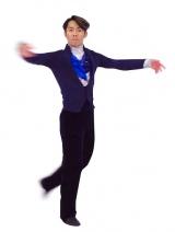 フィギュアスケートのコスチューム姿の高橋大輔