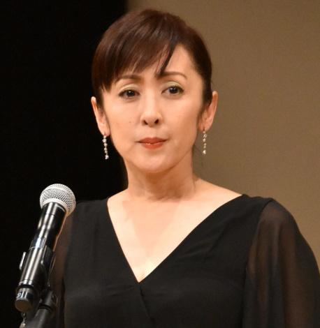 「お母さん、ごめんね…」と母に語りかけた斉藤由貴=『第60回ブルーリボン賞』受賞式 (C)ORICON NewS inc.