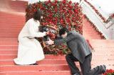 『今夜、ロマンス劇場で』初日舞台あいさつ登壇した(左から)綾瀬はるか、坂口健太郎