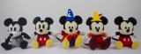 『ウォルト・ディズニー・アーカイブス展〜ミッキーマウスから続く、未来への物語〜』展覧会限定グッズ=ぬいぐるみ(左から)Plane Crazy/Vintage Style/Fantasia/Fun and Fancy Free/Modern Style 各 1620円(税込み)(C)Disney