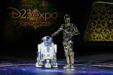 『D23 Expo Japan 2018』「ルーカス・フィルムとマーベル・スタジオ」のプレゼンテーションに『スター・ウォーズ』のR2-D2とC-3POが登場(C)Disney