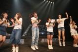 さいたまスーパーアリーナ公演のサプライズ発表に歓喜するSKE48(C)AKS