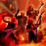 ジューダス・プリーストのギタリスト、グレン・ティプトン(右下)がパーキンソン病を公表