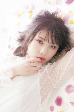 サムネイル 『bis』3月号に登場した乃木坂46・与田祐希