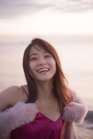 サムネイル 深川麻衣 PhotoMagazine『 MY magazine 』より (C)宝島社