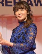 シースルーのドレスで登場した浅野ゆう子 (C)ORICON NewS inc.