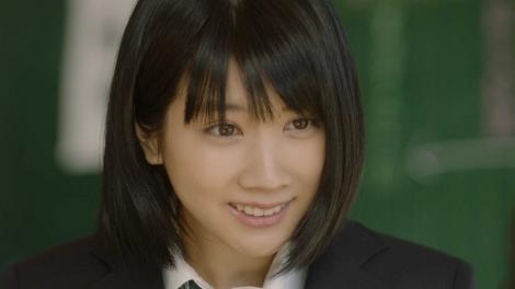 auの新CM『意識高すぎ!高杉くん』に「松本さん」役で出演する松本穂香