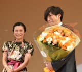 『2018年エランドール賞』授賞式に出席した(左から)柴咲コウ、高橋一生 (C)ORICON NewS inc.