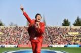 『スーパーラグビー2018開幕戦」ハーフタイムショーを盛り上げた郷ひろみ