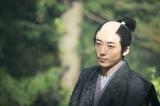 大河ドラマ『おんな城主 直虎』では、井伊家の厄介者であると同時に、誰よりも井伊家(直虎)を想う小野政次役を好演 (C)NHK