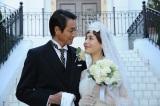 素敵すぎる純白のドレス&タキシード姿(C)テレビ朝日