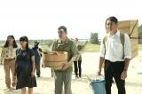 ゴリが監督を務めた映画『洗骨』は今年公開。写真は左から鈴木Q太郎、水崎綾女、奥田瑛二、筒井道隆 (C)『洗骨』製作委員会