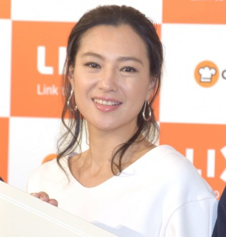 セラミックトップキッチン 新『リシェルSI』の発売記念イベントに出席した堂珍敦子 (C)ORICON NewS inc.