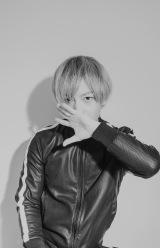 初のソロアルバム『Digital Native』を発表した中田ヤスタカ