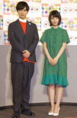 平成30年度『NHK語学番組発表会見』に出席した(左から)千葉雄大、浜辺美波 (C)ORICON NewS inc.