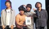 北海道ブロック賞を受賞したTHE BOYS&GIRLS(C)ORICON NewS inc.