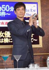 美しいノンアルコールカクテルづくりに挑戦した沢村一樹 (C)ORICON NewS inc.