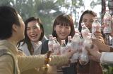 トクホ炭酸飲料「コカ・コーラ プラス」の新TVCM「コカ・コーラ プラス おいしいから飲む春」篇メイキング