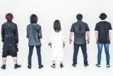 嘘とカメレオン(左から)渋江アサヒ(B)、菅野悠太(G)チャム(.△)(Vo)、渡辺壮亮(G)、青山拓心(Dr)