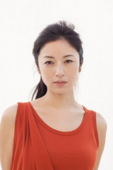 4月17日スタートのTBS系連続ドラマ『花のち晴れ』(毎週火曜 後10:00)に出演する高岡早紀