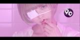 SKY-HIの新曲MVで眼帯をした女教師役を演じた最上もが