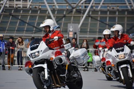 3月23日から25日、国内最大級のバイクの祭典が開催※写真は昨年のクイーンスターズによる模範走行デモンストレーションの様子(C)oricon ME inc.