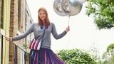 トップス、バッグ、スカートはストライプが特徴の『BIRTHDAY STRIPE』ライン