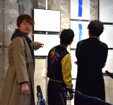 『POP UP SHOP』の内覧をする(左から)香取慎吾、草なぎ剛、稲垣吾郎 (C)ORICON NewS inc.