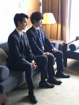 映画『台湾より愛を込めて』の先行上映会に登場した(左から)三原慧悟・大野拓朗