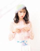 『LARME』レギュラーモデルに加入したAKB48・小栗有以