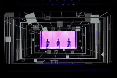 画像 写真 Perfume 最新テクノロジーと圧巻共演 こういうライブもありじゃろ 2枚目 Oricon News
