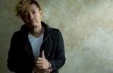 実業家から歌手に転身した松田真将